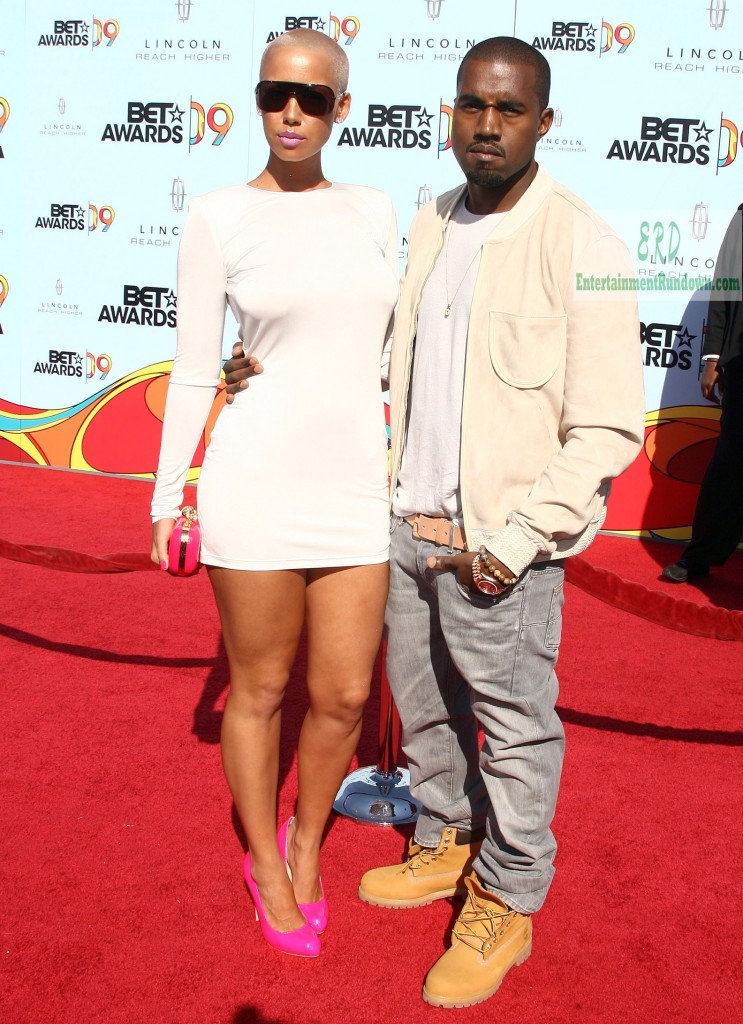amber rose kanye west kiss. Kanye West and Amber Rose who