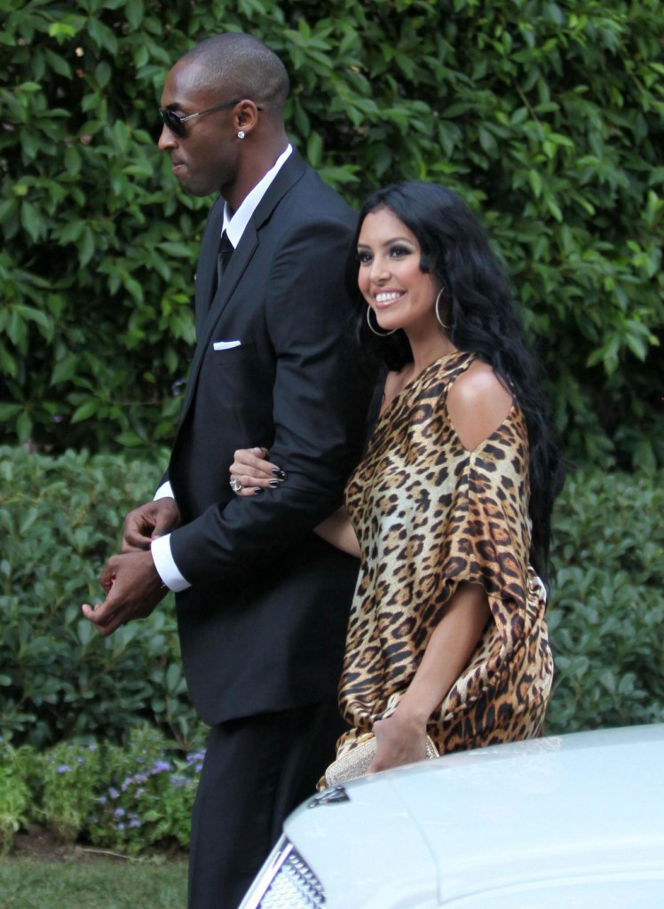 Celebs Arriving For The Khloe Kardashian And Lamar Odom Wedding