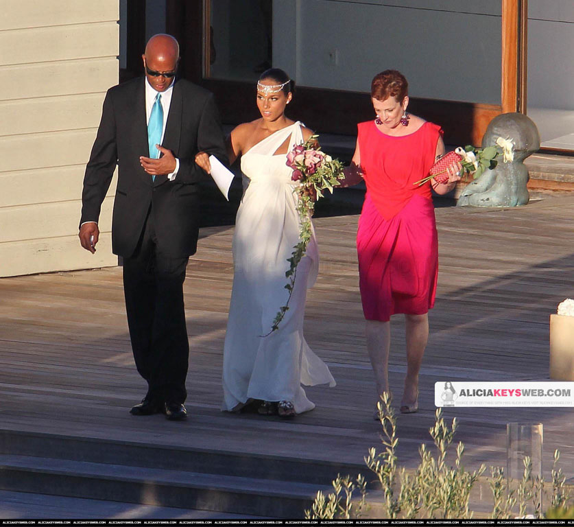 Alisha cross wedding