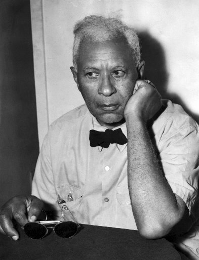 http://entertainmentrundown.com/wp-content/uploads/2011/02/Garrett-Morgan.jpg