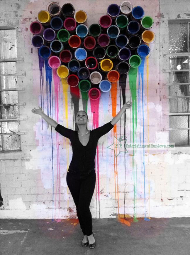 Alicia keys and swizz beatz at art exhibit photos for Mural painted by street artist mr brainwash