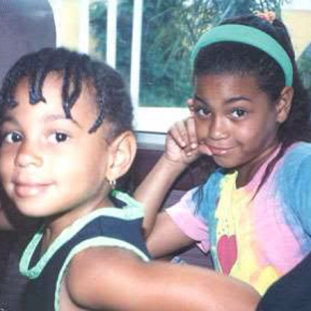 Snapshot: Beyonce And Solange Knowles As Young Girls ...
