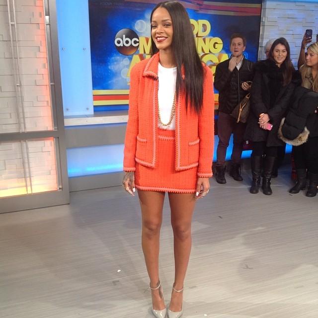 Good Morning America Sunday Cast 2014 : Rihanna talks being mac viva glam spokesperson getting