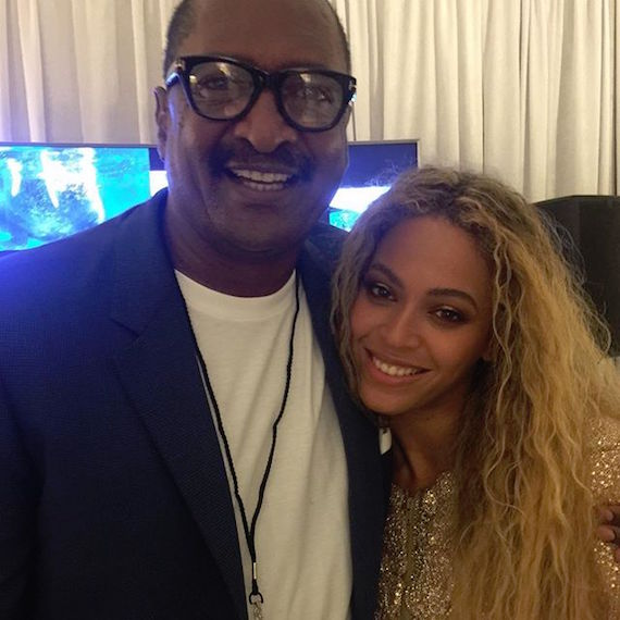 Beyonce Mathew Knowles Houston